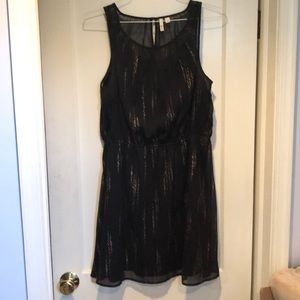 Black and gold dress size L